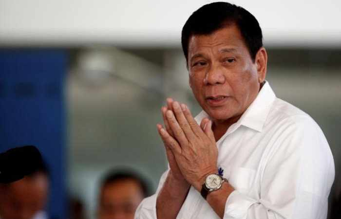 Philippines president likely to return police to drugs war soon