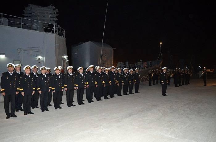 Les navires de guerre azerbaïdjanais retournent de l'Iran