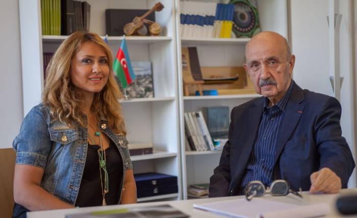 """Ramiz Abutalıbov """"Azərbaycan Evi""""ni təbrik etdi"""