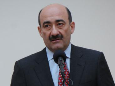 Əbülfəs Qarayev nazirlikdə kadr dəyişiklikləri etdi