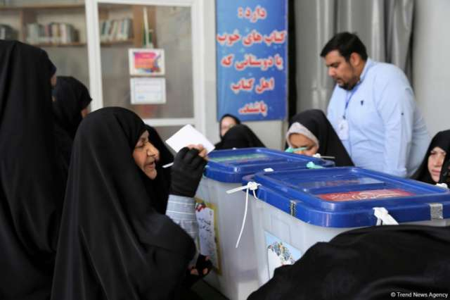 At least 100 arrested in Iran for election-related crimes