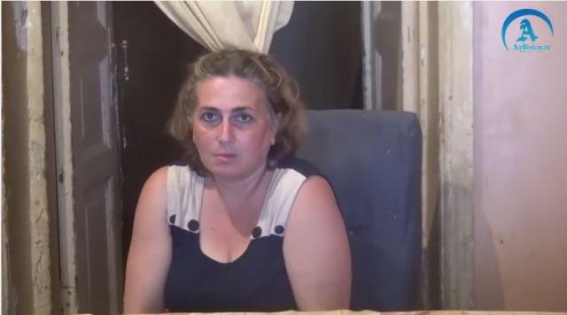 Elmira Qafarovanın `qızı`: `Məni övladlığa veriblər...` (VİDEO)