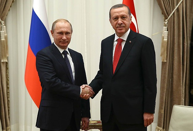 Putin discusses with Erdogan his scheduled visit to Yerevan over 100th anniversary of
