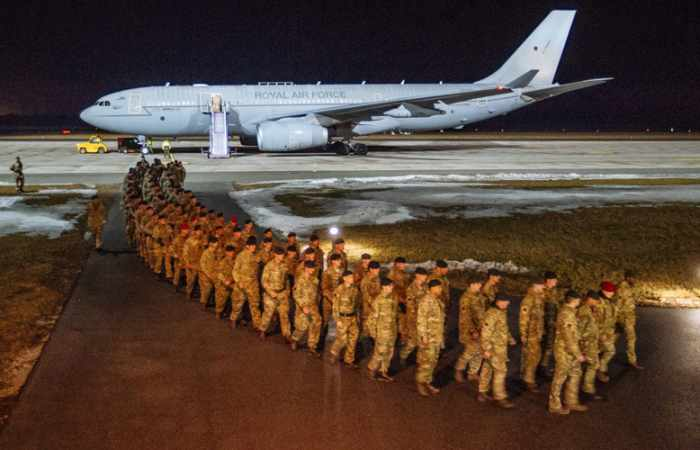 UK troops deployed in Estonia to 'defend NATO' from Russia - VIDEO