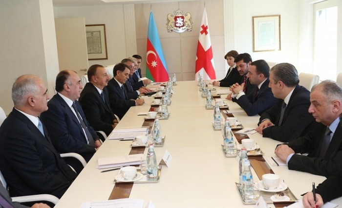 Azerbaijani president, Georgian PM hold expanded meeting in Tbilsi