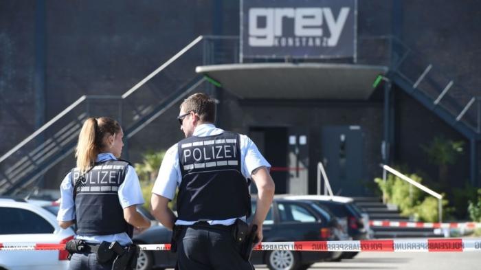 Gunman opens fire outside supermarket in Germany