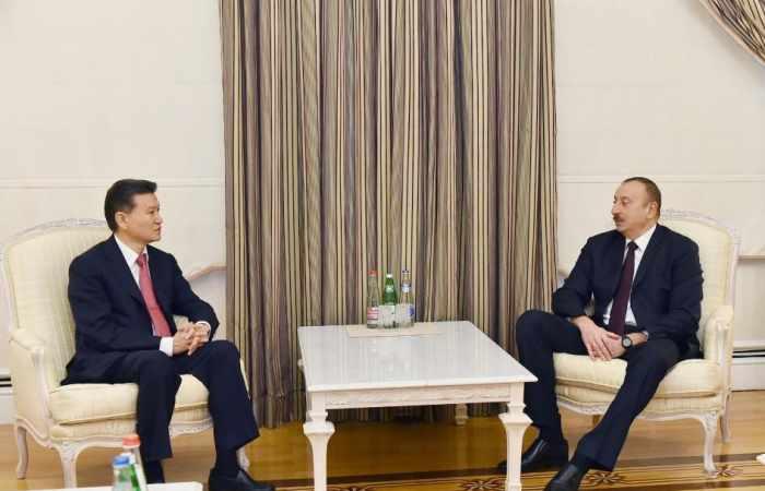 President Ilham Aliyev receives FIDE president