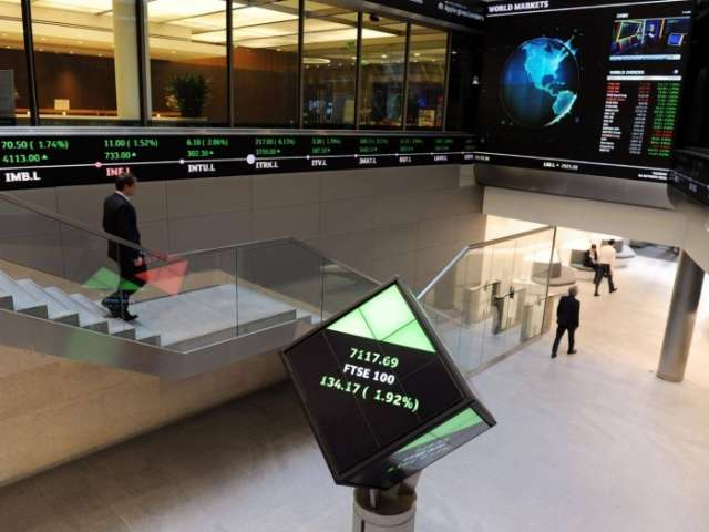 Stock markets close for 2017 on record high
