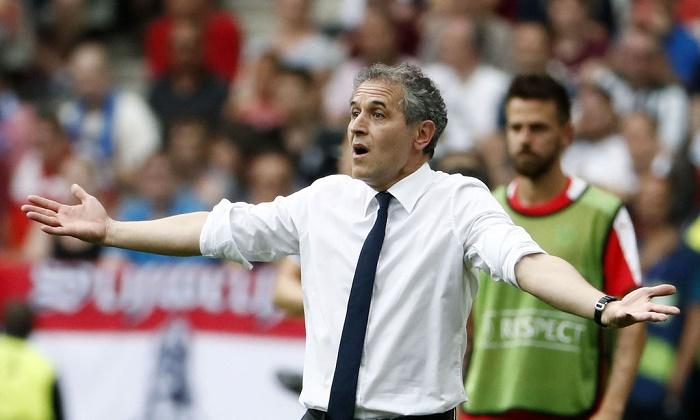 UEFA Türkiyə klublarını cəzalandırıb