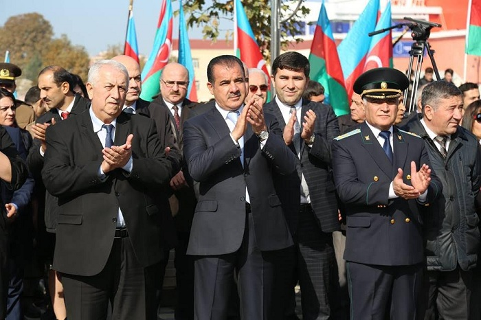 Gəncədə Bayraq Festivalı keçirilib