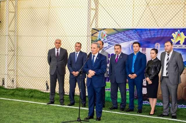 Gənc jurnalistlərin 1-ci futbol çempionatı başlayıb - FOTO