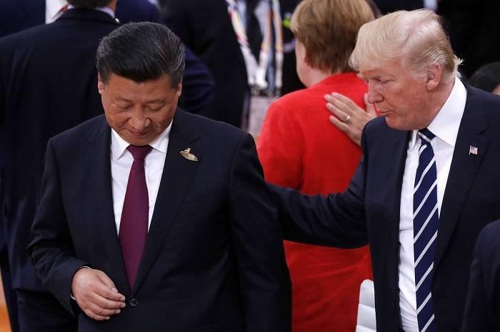 Tramp Çindən 244 milyardla qayıdır