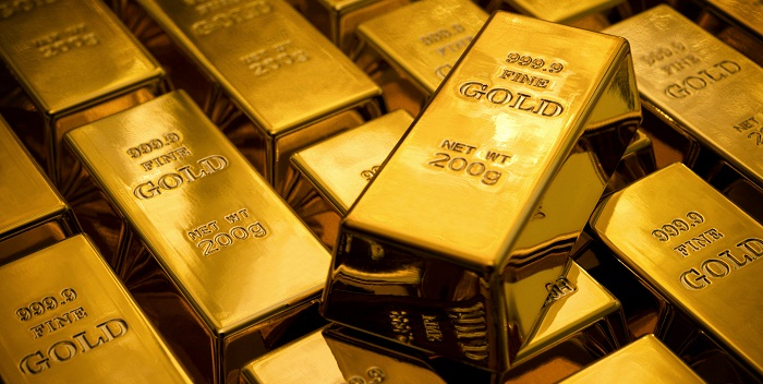 Gold prices rise slightly on steady dollar