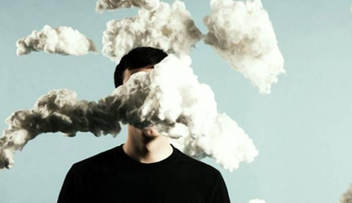 Être tête en l'air aurait un effet positif sur notre intelligence