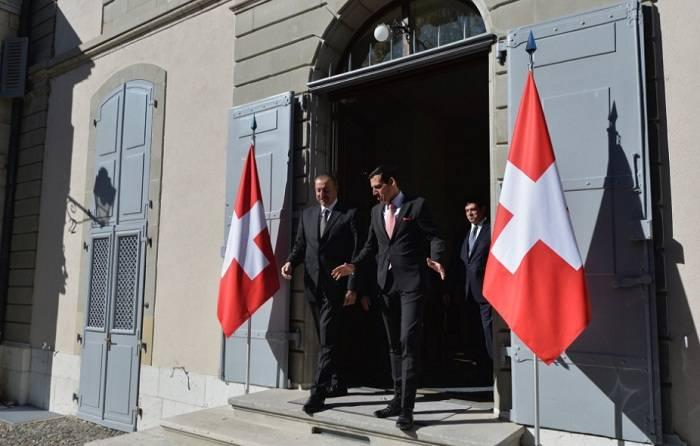 Cenevrə görüşü başa çatdı - Prezidentlər iqamətgahı tərk etdilər