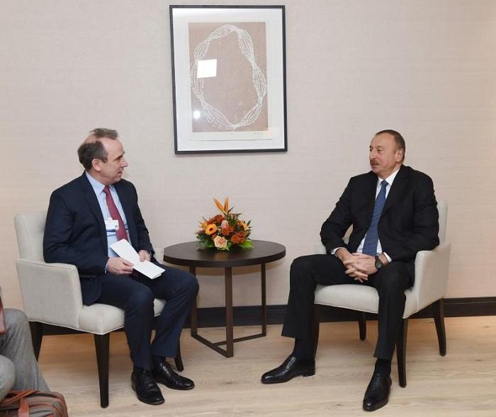 Prezident Davosda bir sıra görüşlər keçirib - Fotolar (Yenilənib)