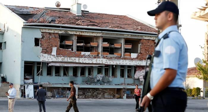 La policía turca detiene a más de 100 personas por presuntos vínculos con Gulen
