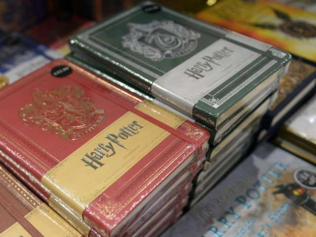 Harry Potter first edition sells for record £60,000