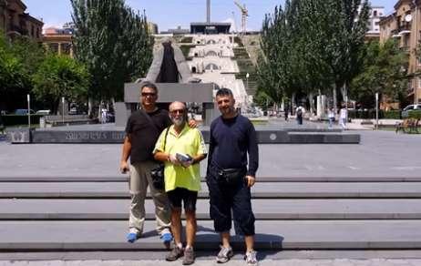 Türk velosipedçi ermənilərdən razı qalıb - VİDEO