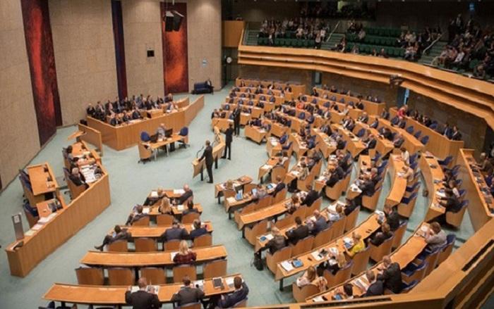"""Hollandiya uydurma """"erməni soyqırımı""""nı rəsmən tanıdı"""