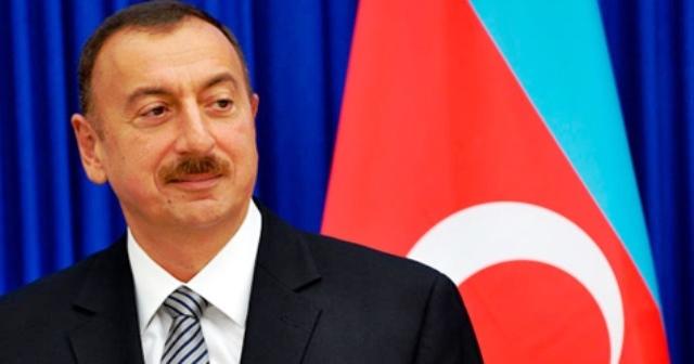 Dövlət qulluqçuları təltif edildi - SİYAHI
