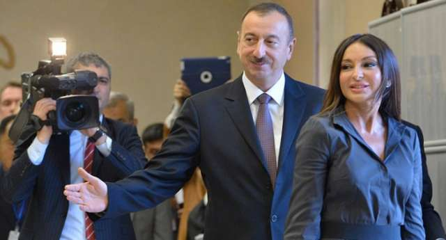 Ilham Aliyev with spouse attend signing ceremony of new ACG contract