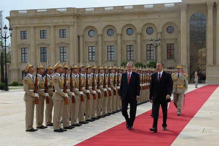 Official welcome ceremony held for Turkish president in Baku