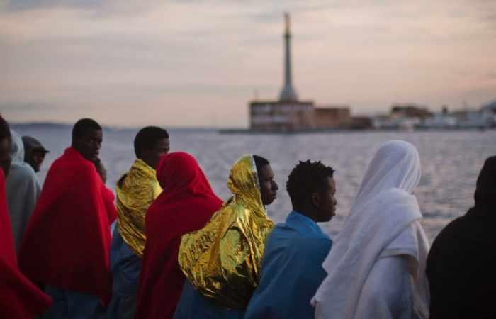 Helfer retten mehr als 3000 Menschen vor libyscher Küste