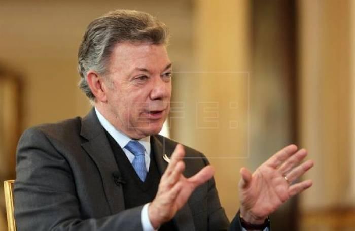 Santos comienza su último año satisfecho por la paz y pendiente de Venezuela