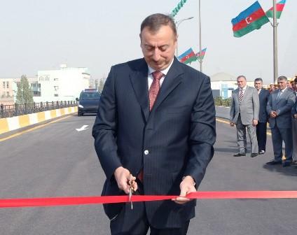 İlham Əliyev yol açılışında