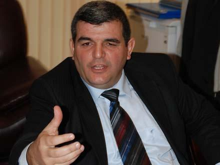 """""""Putinin Ermənistana səfəri əleyhimizədir"""" - Deputat"""