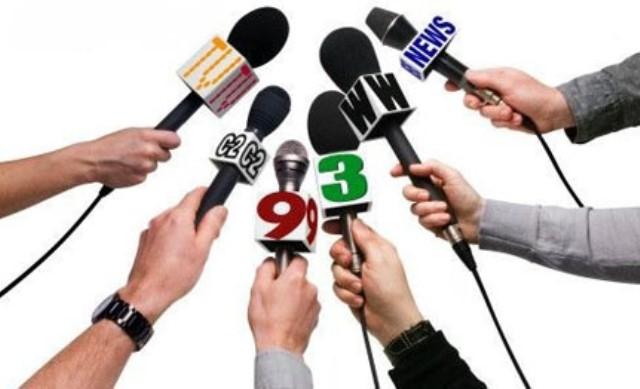 """""""Gürcüstan və Ukraynada ayda 4-5 min dollar maaş alan jurnalistlər tanıyıram"""" -EKSPERT"""