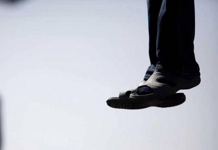Şamaxıda 10-cu sinif şagirdi intihar edib