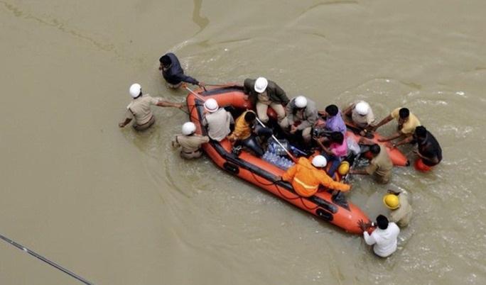Regiones de Bolivia sufren inundaciones por desborde de ríos