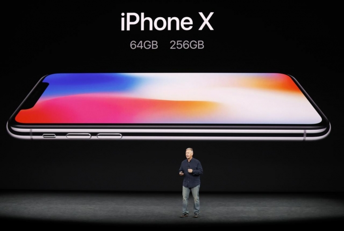 Apple unveils iPhone8 and £1,000 iPhone X