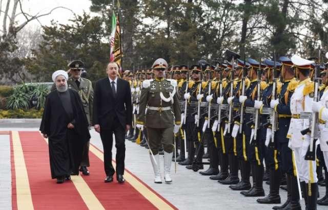 Offizieller Empfang von Aserbaidschans Präsident Ilham Aliyev in Teheran