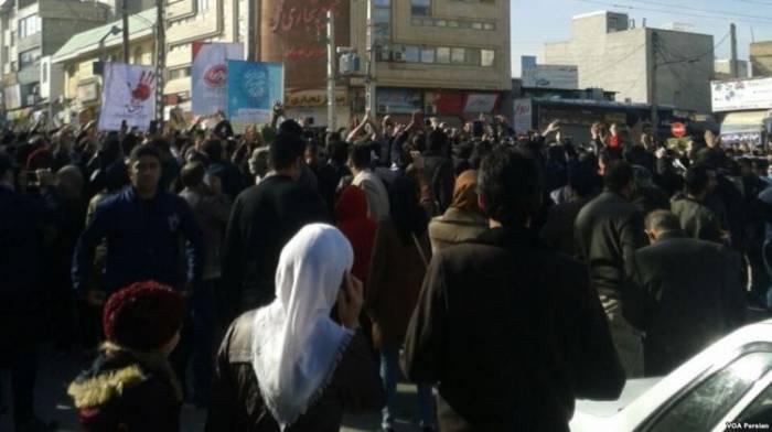 İranda iğtişaşlar davam edir: Ölən və yaralılar var