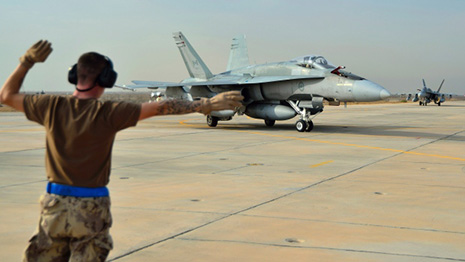 ISIS mission: Canadian CF-18s drop laser-guided bombs over Iraq