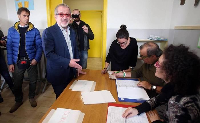 Lombardía y Véneto reclaman más autonomía con dos 'síes' rotundos en el referéndum