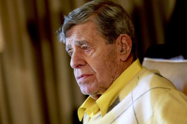 Jerry Lewis, king of comedy, dies at 91