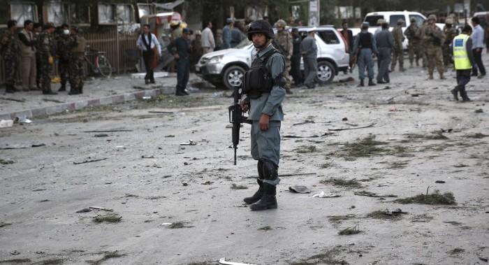 Varios muertos por explosión cerca de academia militar en Kabul