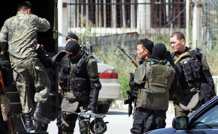 Kazakhstan says foils Islamic State bomb attack