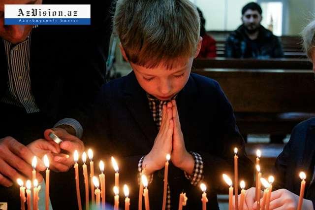 Azərbaycan pravoslavları Milad bayramını qeyd edir
