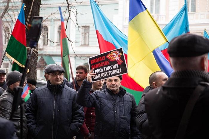 Kiyevdə Ermənistana qarşı etiraz aksiyası keçirildi - FOTOLAR+VİDEO