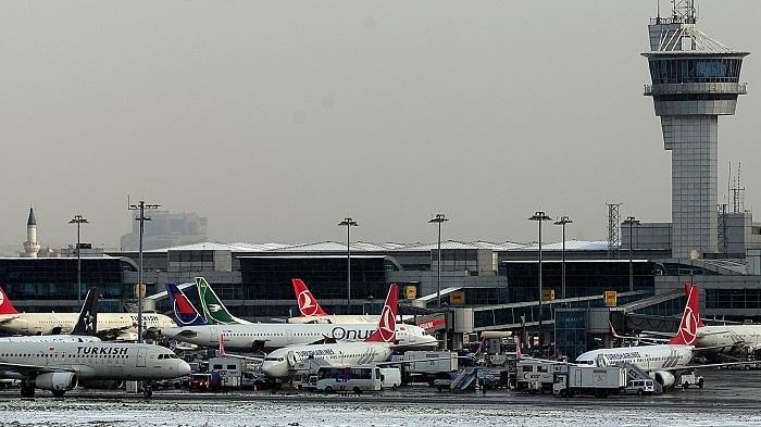 148 passeports européens et français saisis à l`aéroport d`Istanbul