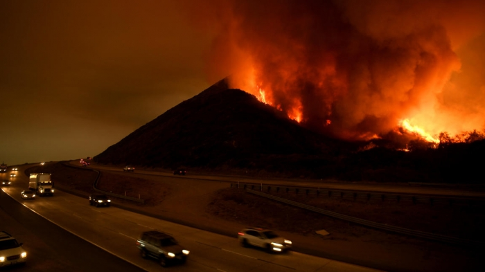 High winds 'a recipe for explosive fire growth' in Southern California