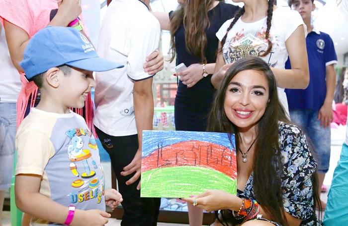 Leyla Əliyeva uşaq şənliyində