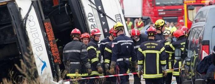 Au moins 42 morts dans une collision entre un car et un camion près de Libourne