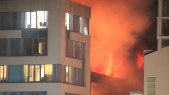 Liverpool Echo Arena car park fire destroys 1,400 vehicles