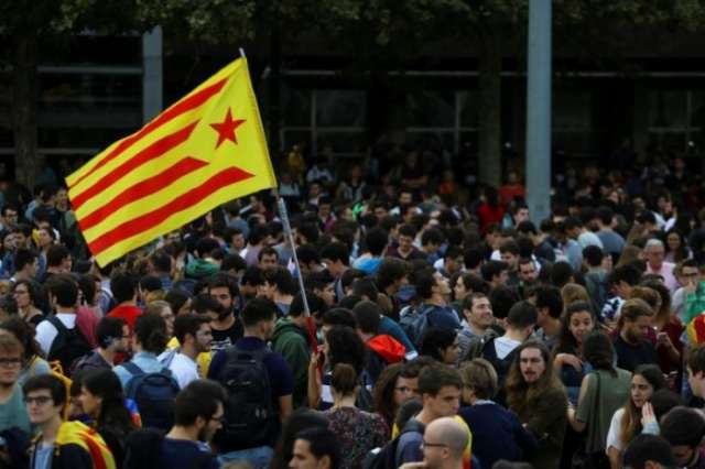 Madrid, Catalonia clash over jailed pro-independence leaders as protests